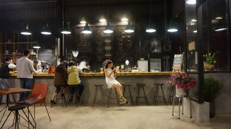 Cà phê rang xay nguyên chất và điểm mạnh của quán cafe rang xay tại chỗ